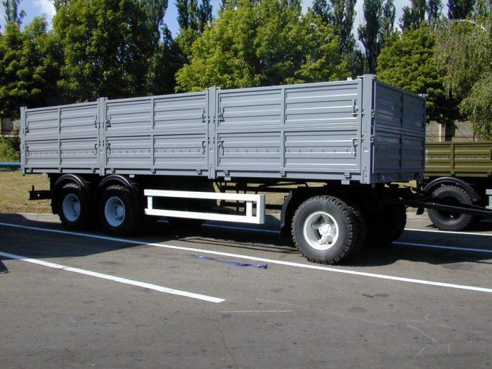 грузовой прицеп бортовой