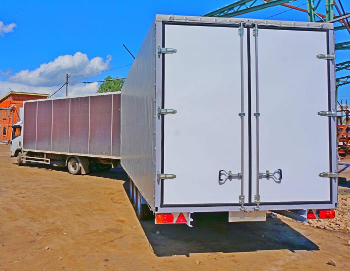 грузовые прицепы