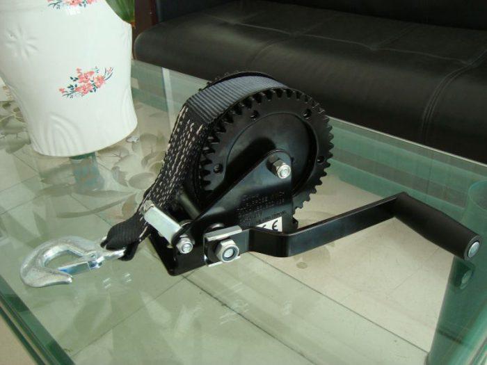 механическая лебедка