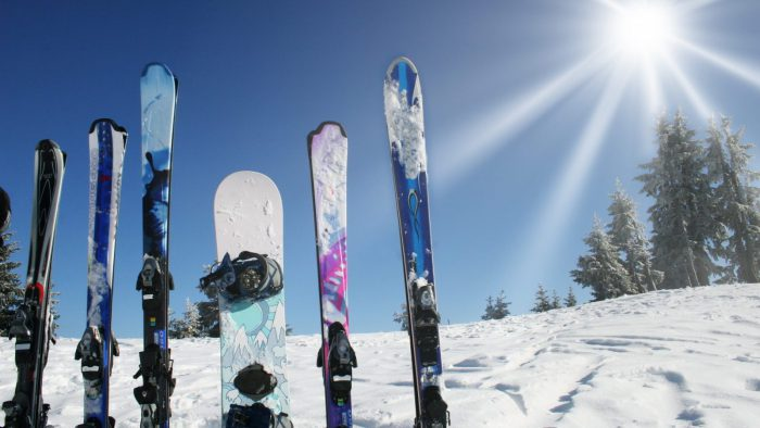 сноуборд лыжи на крышу авто крепления