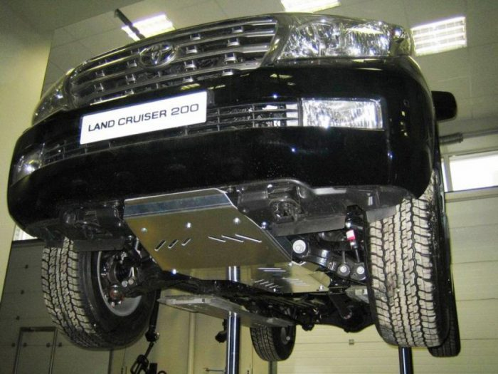 Защита картера двигателя: как выбрать и где купить