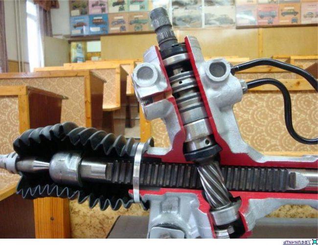 Рулевая рейка: основные неисправности и как ремонтировать