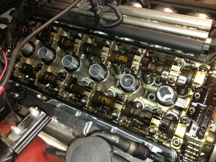 Сколько заливать промывочного масла в двигатель