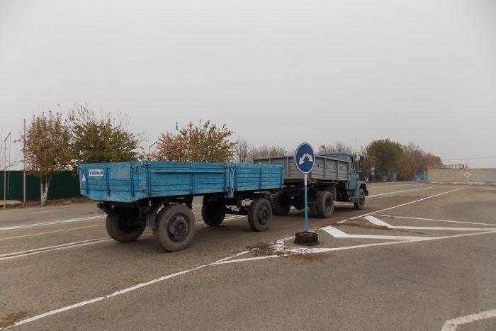 грузовик с прицепом категория с