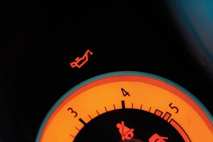 давление масла в двигателе