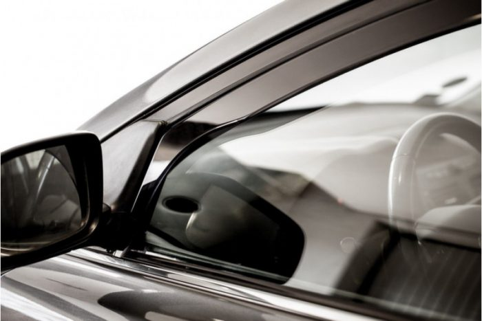дефлектор для окон авто