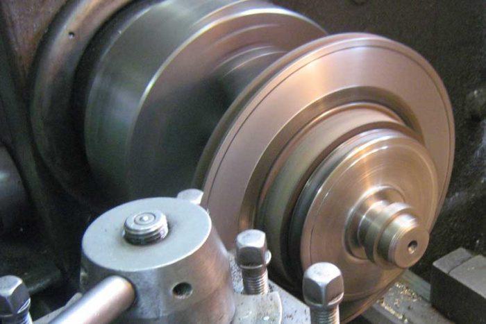 Шлифовка тормозных дисков без снятия