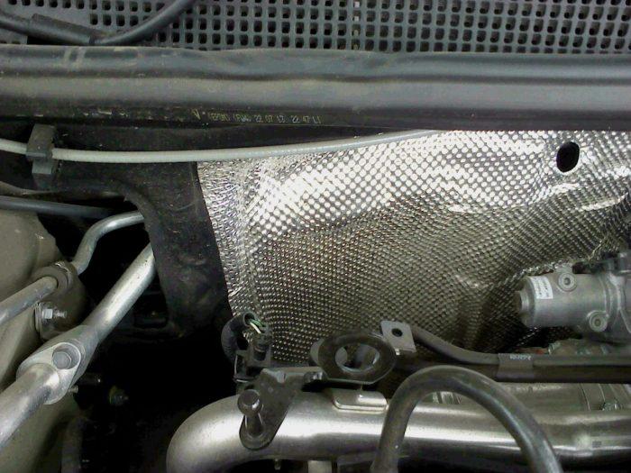шумка в моторном отсеке
