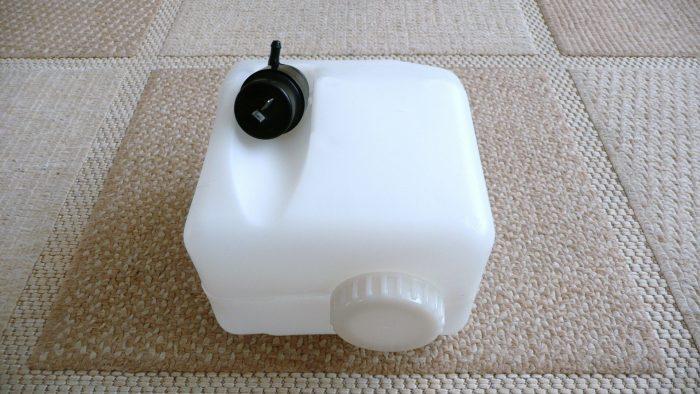 бачок сливать воду