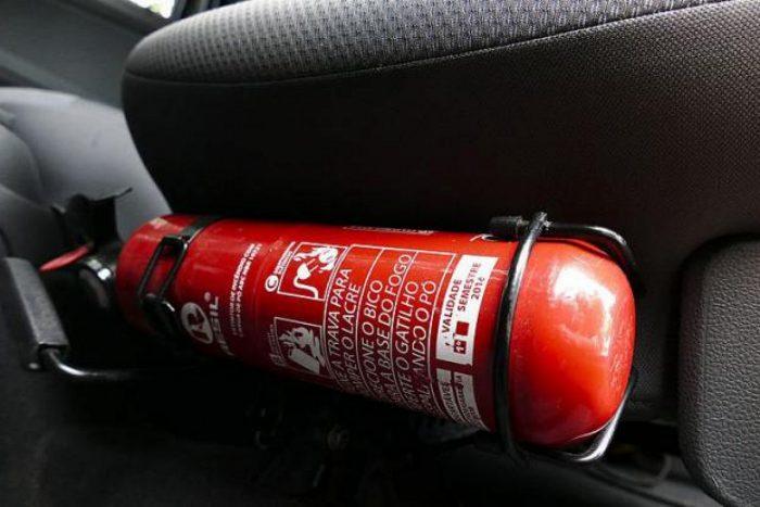 накачать колесо огнетушитель