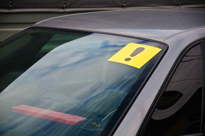 наклейка начинающий водитель