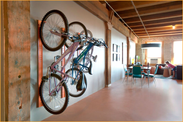 Различные способы хранения велосипеда в квартире: какой выбрать